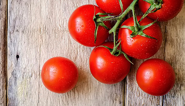 tomatoes look normal but gaps inside